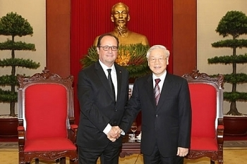 vietnamese french leaders vow to step up partnership
