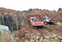illegal mining continues in dak nong