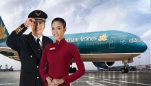 vietnams two leading airline corporations have strategic shareholders