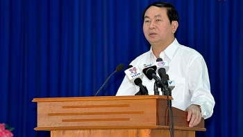 president pays pre tet visit to mekong delta localities