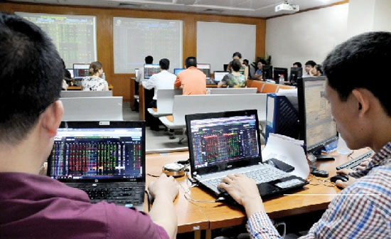 securities market expects stronger growth
