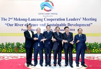 pm calls for regulated management of reservoirs along mekong river