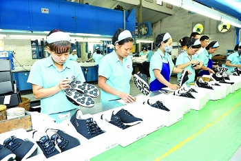 vietnams leather and footwear exports target niche markets