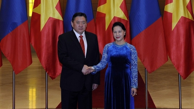 vietnam treasures friendship and cooperation with mongolia top legislator