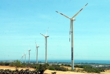 ninh thuan aims to become renewable energy center