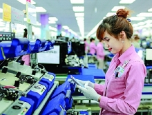 govnt incentives business initiatives boost support industries