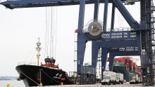 vietnamese seaports welcome first shipments of new year 2019
