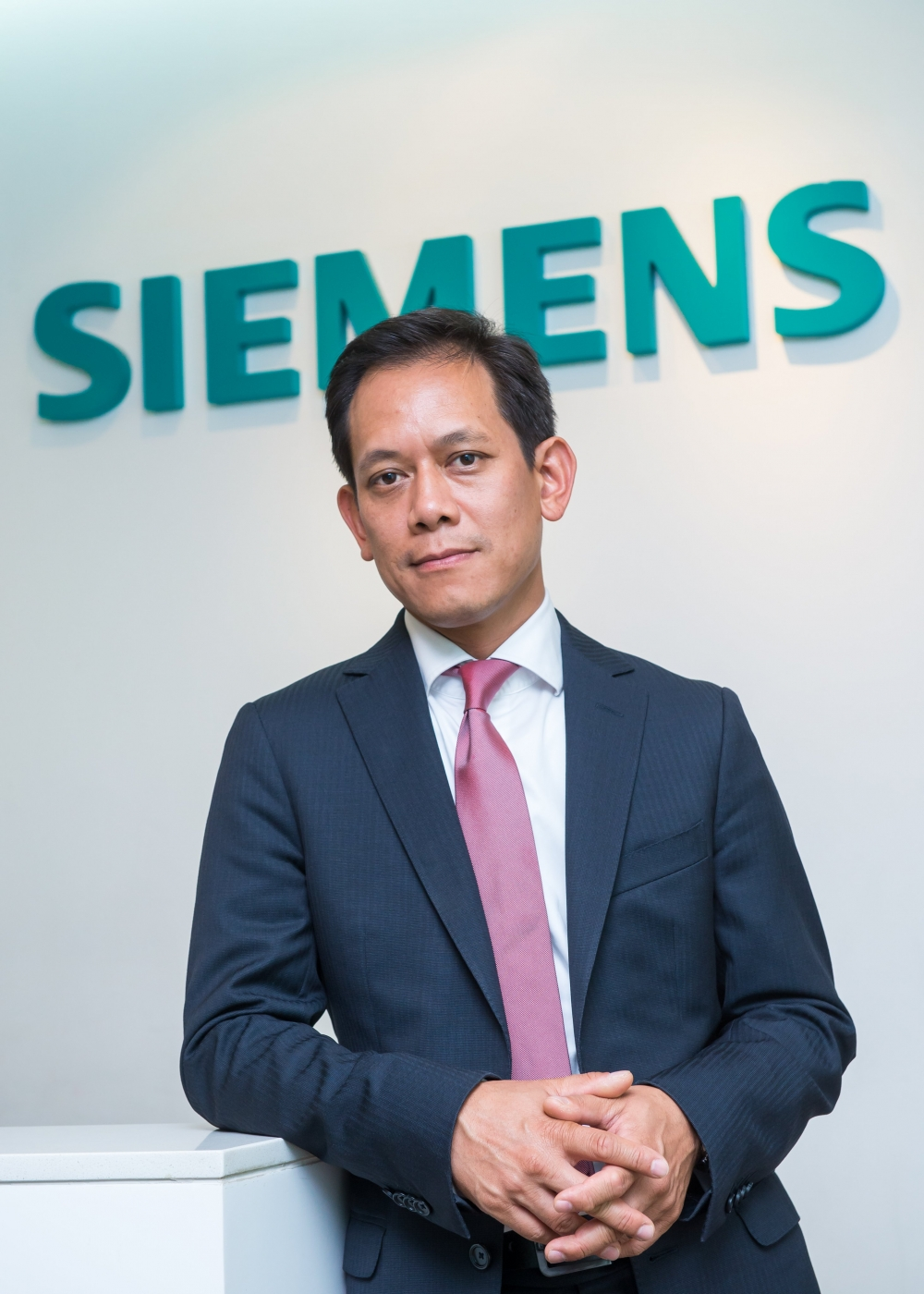 siemens pledges to support vietnam in the digital age