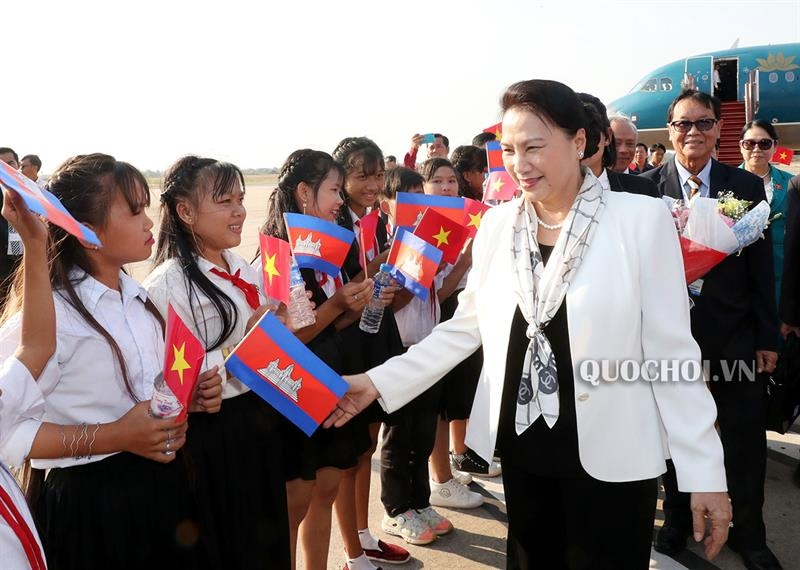 na chairwoman arrives in siem reap for appf 27