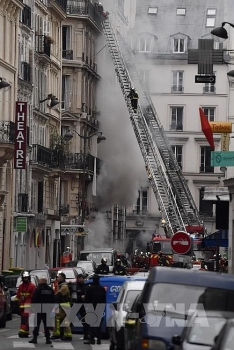 no vietnamese hurt in paris gas leak explosion