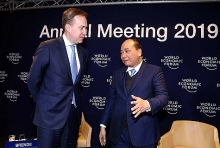 pm phuc wef president join particular dialogue on vietnam in davos