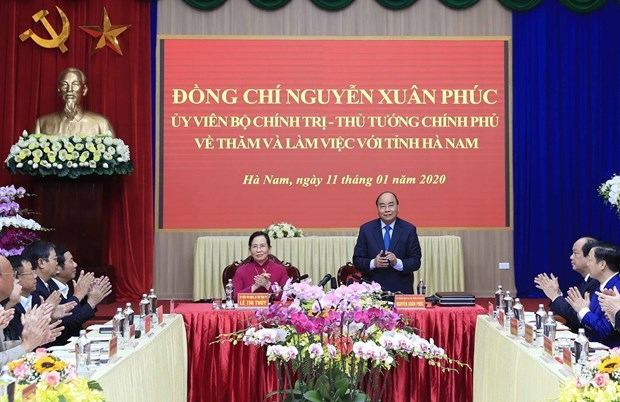 pm urges ha nam to make development breakthroughs