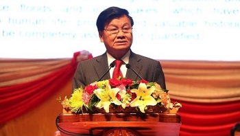 lao pm arrives in vietnam for intergovernmental committee meeting