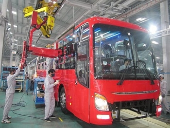bus assembly line fire inflicts 11m loss