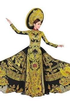 miss vietnam wins best national costume