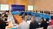 apec officials discuss possible free trade area for asia pacific