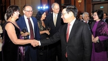 foreign minister values foreign diplomatic missions support for vietnam