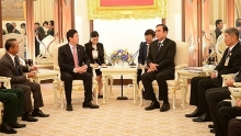 vietnamese ambassador greeted by thai prime minister