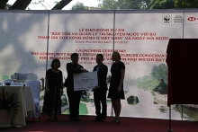 hsbc donates us 700000 to help preserve freshwater resources