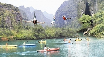 quang binh plans to build worlds longest zip line system