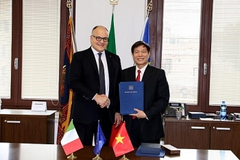 ba ria vung tau sets up cooperation with italian region