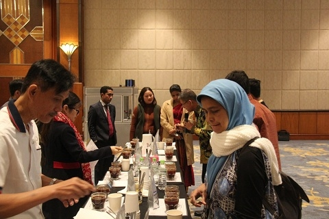 vietnam indonesia step up cooperation in coffee sector