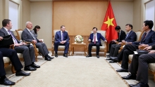 vietnam russia seek to boost oil and gas cooperation