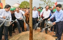 pm launches tet tree planting festival in hanoi district