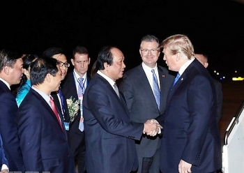 us president arrives in vietnam for dprk usa summit