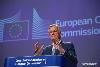 eu sets out position on post brexit deal with uk