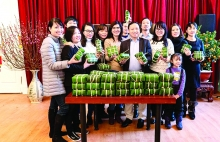 many vietnamese will spend tet far from their loved ones this year