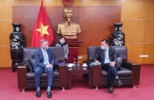 vietnam uk boost trade energy cooperation