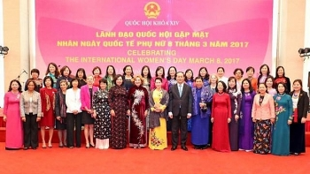na leaders meet female foreign diplomats in vietnam