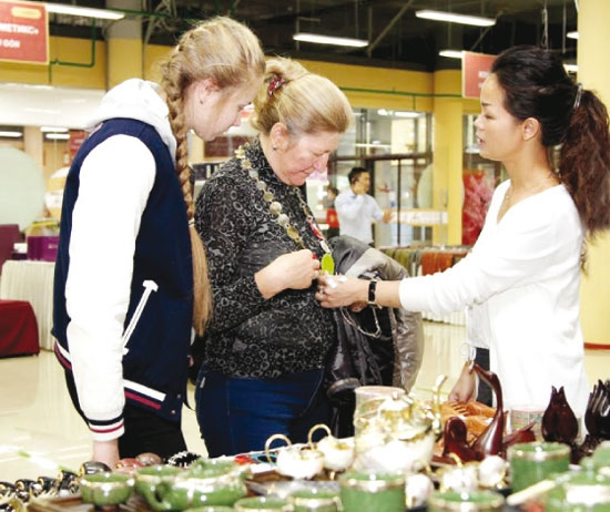 gaining footholds for vietnamese goods abroad