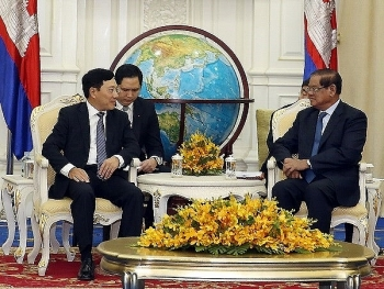 deputy pm meets cambodias acting prime minister