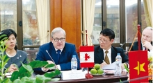 fruitful talks between canadian vietnamese ministers