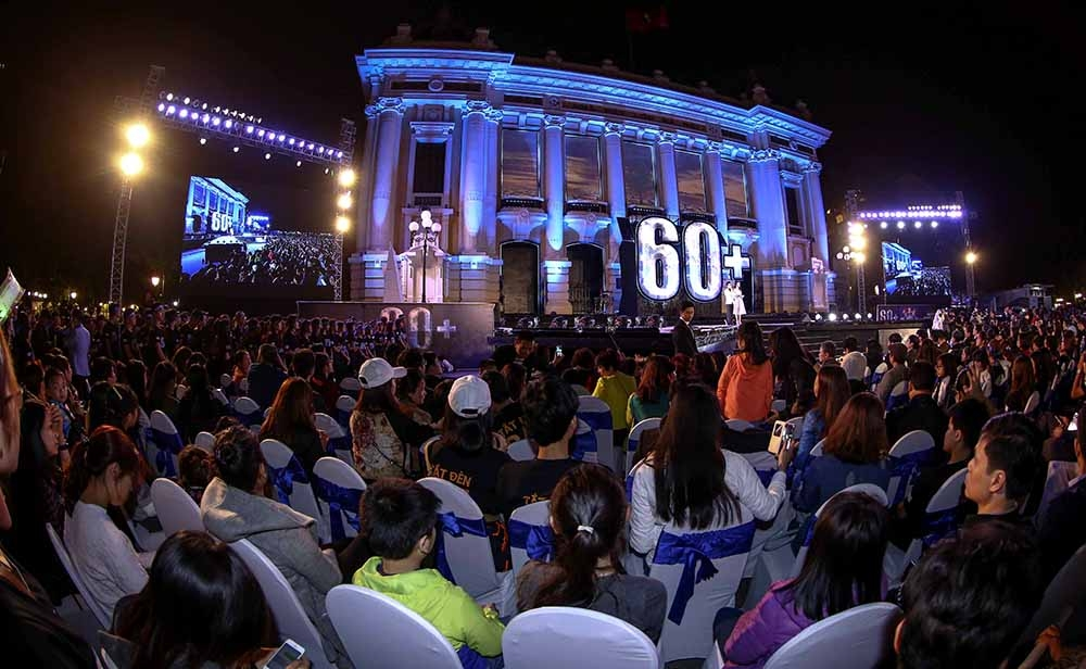 vietnam saves 471000 kwh of electricity in earth hour 2017