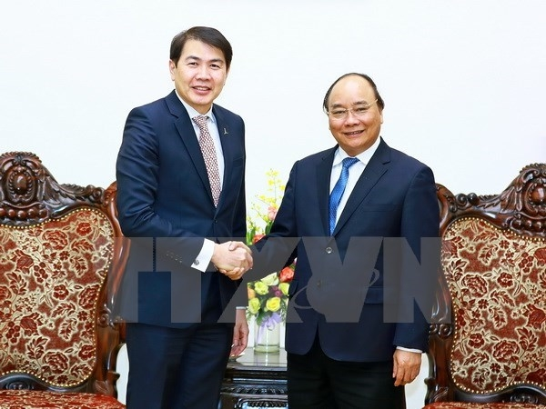 vietnam hopes for more investment from singaporean firm