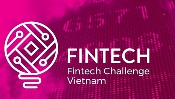 contestants in final round of vietnams first financial technology competition