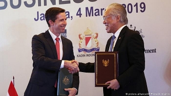 indonesia and australia sign long awaited free trade deal