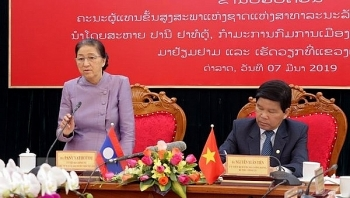 lao na chairwoman pays visit to lam dong province