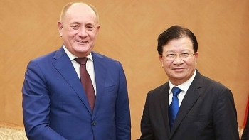 deputy pm hails gazproms investment expansion plans in vietnam