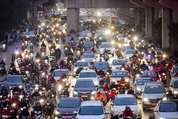 hanoi to restrict bikes on some routes en route to total ban