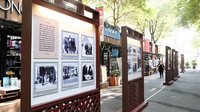 photo exhibition on vietnamese na delegations first visit to france opens