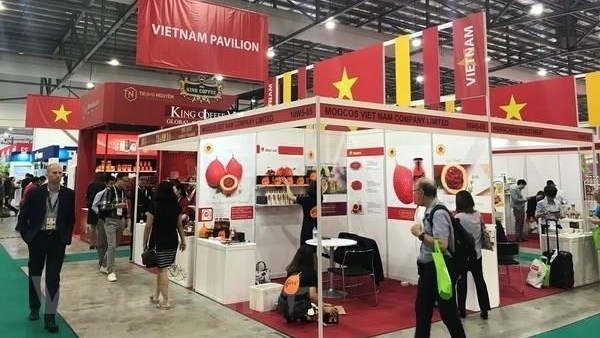 vietnam attends international coffee tea expo in singapore