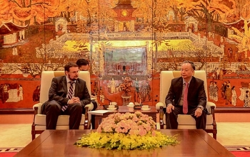 hungary looking to open cultural center in hanoi