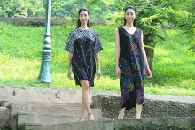 aw fashion week features combination of silk embroidery