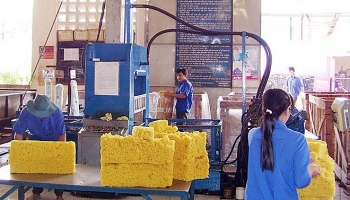 rubber industry faces falling export price