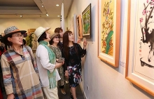 first vietnam rok intl fine arts exhibition held