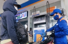 petrol prices see sharp fall of up to 4252 vnd per litre